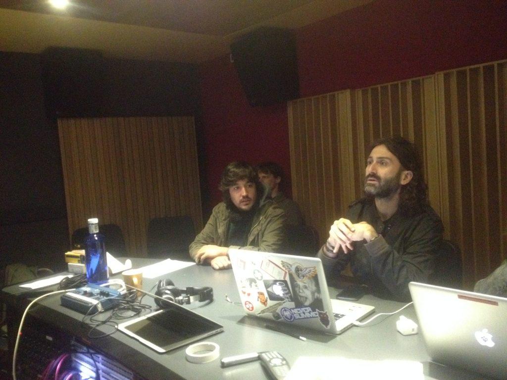Javier Limón con Sergio de Lope en los estudios de Berklee Valencia